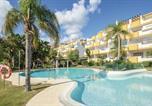 Location vacances  Malaga - Beautiful apartment in Laguna de Mijas w/ Outdoor swimming pool, Outdoor swimming pool and 2 Bedrooms-1