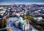 Location vacances Galway - Spanish Arch City Centre Penthouse Apartment-1