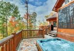 Location vacances Nominingue - Chalet Eagle Waterfront, Hot Tub + Sauna Barrel by Location4saisons-4