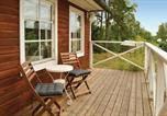 Location vacances Uppsala - One-Bedroom Holiday Home in Balsta-4