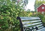 Location vacances Skinnskatteberg - Holiday home Halvarstorp Glanshammer-1