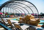 Camping avec Quartiers VIP / Premium Luc-sur-Mer - Yelloh! Village - Les Iles-3