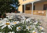 Location vacances  Province de Livourne - Appartamento La Sdriscia-4