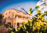 Location vacances Klenovica - Apartment Viveniti-1