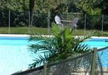 Location vacances Lamothe-Capdeville - Chambres d'Hotes Au Val Dormant-1
