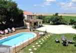 Location vacances Cozes - Les Flots De Ma Vie Chambres D Hotes Florence Et Virginie Gossin-3