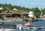 Location vacances Åndalsnes - Three-Bedroom Holiday home in Selje 2-2