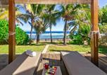 Location vacances  Réunion - Corail - Villa de charme pieds dans l'eau à Saint-Gilles-les-Bains-1