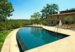 Location vacances Poppi - Scenic Farmhouse in Poppi with Swimming Pool-1