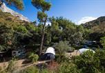 Camping avec Site nature Montfrin - Camping La Vallée Heureuse-1
