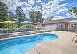Location vacances Jackson - Cozy Ironton Cabin with Shared Pool and Patio!-3