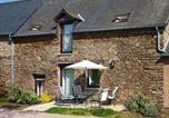 Location vacances Loscouët-sur-Meu - Holiday home Les Couettes-1