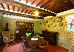 Location vacances Monte San Savino - Torricella Villa Sleeps 4 Pool Air Con Wifi-3