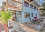 Location vacances New Smyrna Beach - Cozy New Smyrna Beach Apartment - Steps from Beach-3
