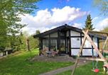 Location vacances Eslohe (Sauerland) - Modern Holiday Home in Mellinghausen with Terrace-1