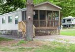Villages vacances Ellicott City - Circle M Camping Resort Screened Park Model 28-4