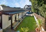Location vacances Waterstock - Conifers Guest House-2