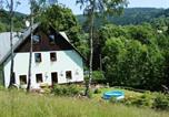Location vacances Jestřabí v Krkonoších - Horská chata Krosnov-1