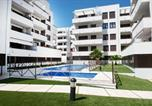 Location vacances Calafell - New Apartment With Big Terrace 9 Min Walk To Beach 6 Min Supermarket-3