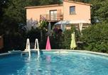Location vacances Berrias-et-Casteljau - Villa with 3 bedrooms in Chandolas with private pool furnished garden and Wifi-1
