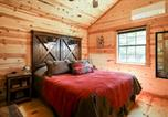 Location vacances Kerrville - God's Country Cabins - Mercy-1