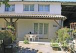 Location vacances Epargnes - Stunning home in Arces sur Gironde w/ 2 Bedrooms-1
