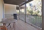 Location vacances Pokolbin - Executive 1 bedroom Spa Villa located within Cypress Lakes Resort-2