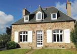 Location vacances Perros Guirec - Four-Bedroom Holiday home Perros-Guirrec with a Fireplace 01-3