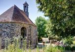 Location vacances Pleyben - Gîte Atypique Dans Une Chapelle-1