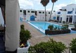 Location vacances Tías - Ground Floor Dolphin House-1