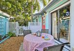 Location vacances Jupiter - Tropical Hobe Sound Cottage Less Than 2 Mi From the Beach-2