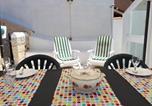 Location vacances  Province de Carbonia-Iglesias - Sibilla Family Suites-4