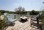Location vacances Saintes-Maries-de-la-Mer - Chambre d'Hôte face à la piscine en Camargue - Mas Lou Caloun - Les Saintes Maries de la Mer-1