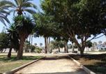 Location vacances Roda - Nice apartment with spacious terrass and rooftop-2