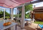 Location vacances Boisset-lès-Montrond - House Bellevue 40-2
