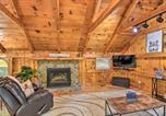 Location vacances Dillard - Modern Mtn Cabin with Resort-Style Amenities!-4