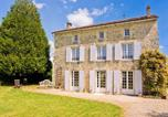 Location vacances Bernac - Charming mansion in La Foret-de-Tesse with pool-2