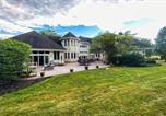 Location vacances Lehighton - Luxurious Green Valley Farm House with Barn-3