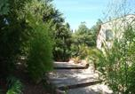 Location vacances Pignans - Apartment in Les Mayons-1