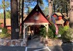 Location vacances Big Bear Lake - Cabin with Fireplace at Cozy Hollow 11-3