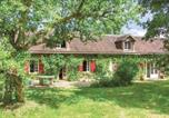 Location vacances  Loir-et-Cher - Four-Bedroom Holiday Home in Beauchene-1