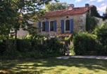 Location vacances La Tour-Blanche - Le Bourg, Vendoire-3