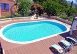 Location vacances Saignon - Maison d'une chambre a Gargas avec piscine privee jardin clos et Wifi a 86 km de la plage-1