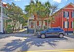 Location vacances North Charleston - Soak Up the Light at a Chic 5bd Duplex Just 2 Blocks from King Street-2