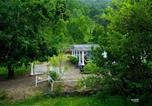 Location vacances Kodaikanal - Voye Homes Moonlight Forest Bungalow with Private Waterfalls-1