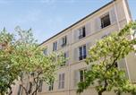 Location vacances Montreuil - Vintage and calm flat in a typical building at the doors of Paris - Welkeys-3