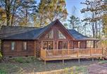 Location vacances Spartanburg - 'Finn's Cabin ' Log Cabin in Blue Ridge Mtns!-2