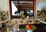 Location vacances  Province d'Imperia - House with 2 bedrooms in Imperia, with Wifi-1