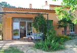 Location vacances La Londe-les-Maures - House With Garden And Sea View-1