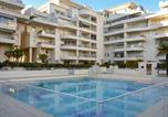 Location vacances Fréjus - Sunny 1-Bedroom Apartment with Pool-1